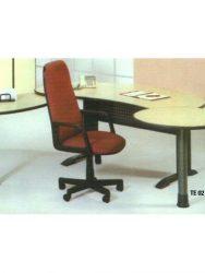 Jual Meja Kantor tanpa laci Aditech TE 02 Murah Di Surabaya